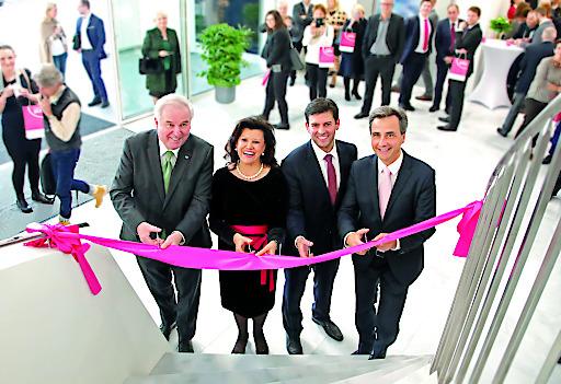Feierliche Eröffnung des neuen Headquarters des Institut AllergoSan.