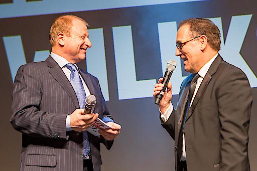 Moderator Harry Prünster und Peter Reitzl, Präsident des Harley-Davidson-Charity-Fonds.