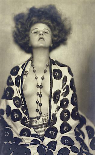 MADAME D'ORA (DORA PHILIPPINE KALLMUS), Elsie Altmann-Loos, 1922 © Photoarchiv Setzer-Tschiedel/IMAGNO/picturedesk.com | Foto: Photoarchiv Setzer-Tschiedel/IMAGNO/picturedesk.com