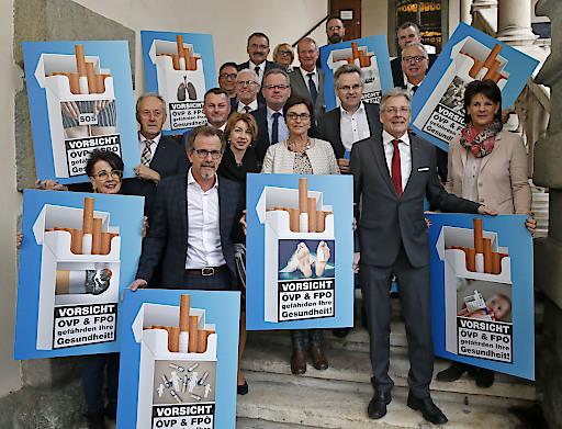 Die SPÖ Kärnten steht geschlossen zum bereits beschlossenen Rauchverbot in der Gastronomie.