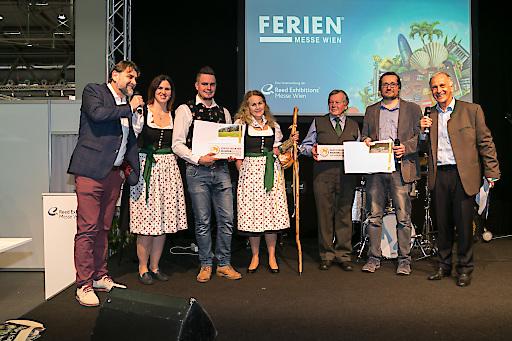 Auf der Österreichischen Ferienmesse wurde das Österreichische Wandergütesiegel an Vertreter von Wanderdörfern, -wegen und -betrieben verliehen.