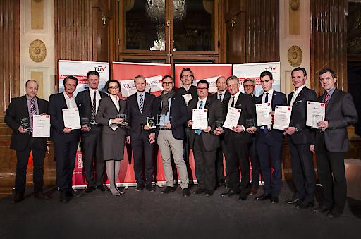 Die Siegergemeinden bei der Preisverleihung im Marmorsaal des Oberen Belvederes.