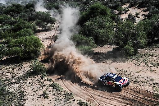 Carlos Sainz/Lucas Cruz Sieger Dakar Rallye 2018 auf Peugeot 3008 DKR Maxi