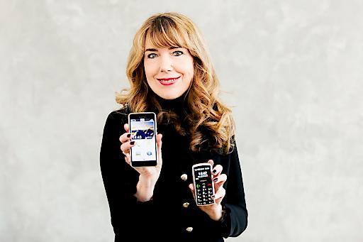 Das emporiaSMART.2 soll Smartphone-Einsteigern den Schritt in die digitale Welt erleichtern. Zielgruppe sind Menschen im Alter von 50+, die ein schickes und stylisches Smartphone möchten.