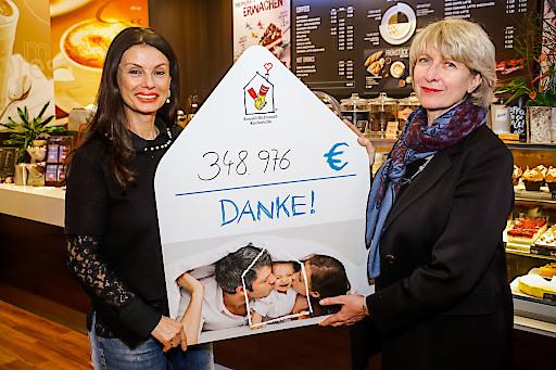Isabelle Kuster, Managing Director von McDonald's Österreich und Sonja Klima, Präsidentin der Ronald McDonald Kinderhilfe (v.r.)
