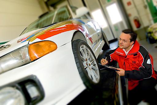TÜV AUSTRIA Tipp: Rechtzeitig Reifen wechseln!