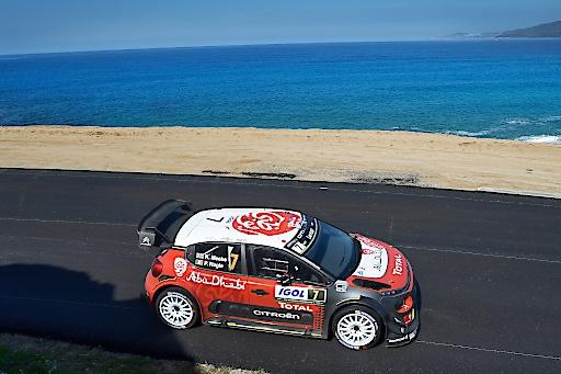 Pilot Kris Meeke auf Citroën C3 WRC