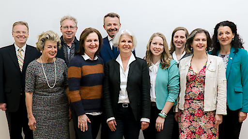 Der neue Vorstand (Von l.n.r.: E. Schwarzenbacher, L. Katschinka, D. Koller, B. Meßner, A. Zundja, A. Bernardini, M. Danilova, B. Rittsteuer, C. Meyenburg, E. Prantner-Hüttinger)