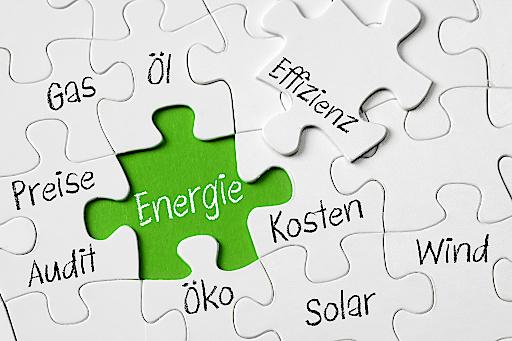 Der Tag der Energiebeauftragten und -auditor/innen am 14. Juni steht ganz im Zeichen von praktischer Erfahrung rund um die Reduzierung des Energieverbrauchs in Unternehmen. www.tuv-akademie.at/tde