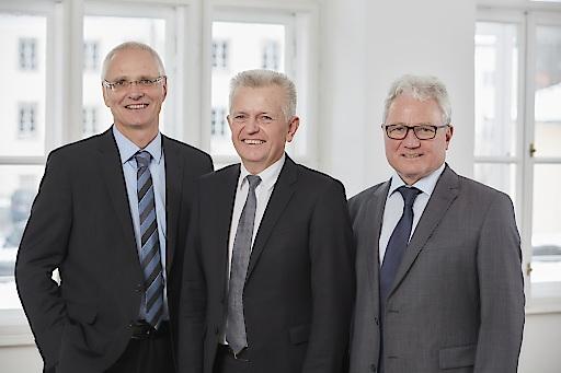 vlnr: Der neue Dreier-Vorstand - Dr. Rainer Wettreck, Mag. Josef Scharinger und Dr. Heinz Thaler - steht seit 1. Jänner 2018 dem Sozial- und Gesundheitsunternehmen Diakoniewerk vor.