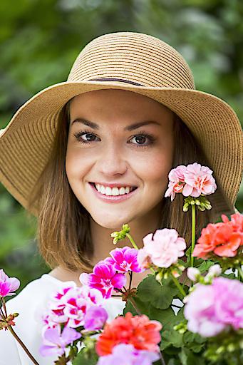 In den Gartenbaubetrieben gibt es passende Balkonblumen und Pflegetipps für heiße Sommer.