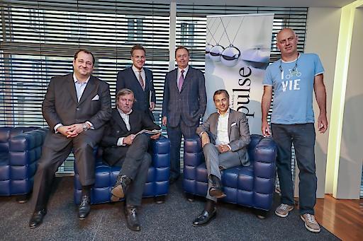 Von links nach rechts: Daniel Riedl (Vorstandsvorsitzender BUWOG AG); Heinz Neumann (Architekt, Partner HNP architects ZT GmbH); Tarek Leitner (ORF Moderator); Michael Kutschera (BINDER GRÖSSWANG Managing Partner); Peter Ulm (Vorstandsvorsitzender 6B47 Real Estate Investors AG); Christoph Chorherr (Gemeinderat und Sprecher für Stadtplanung, Energie und Wohnen)