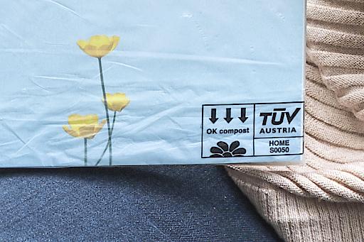 BILD zu OTS - Die britische Organisation National Trust setzt auf TÜV AUSTRIA OK compost-zertifizierte Folierung ihres Magazin.
