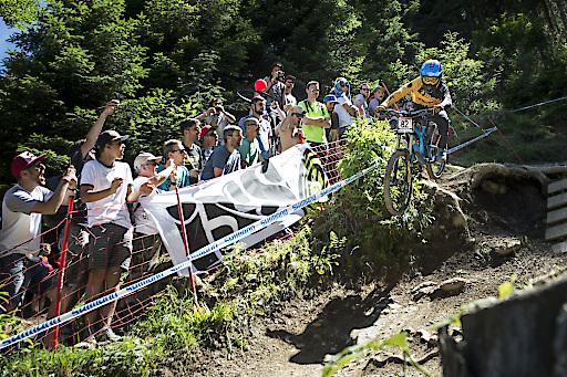 Das Out of Bounds Festival in Saalfelden Leogang geht vom 07. bis 10. Juni in die nächste Runde. Mit dem Mercedes-Benz UCI Mountainbike Downhill Weltcup und attraktiven Side-Events sorgt das Bike-Event für einen mehr als attraktiven Timetable - nicht nur für alle Fans des Sports.
