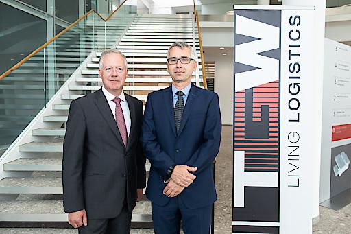 https://www.apa-fotoservice.at/galerie/14179 v.l.n.r. Jörg Scheithauer, CFO TGW Logistics Group & Harald Schröpf, CEO TGW Logistics Group