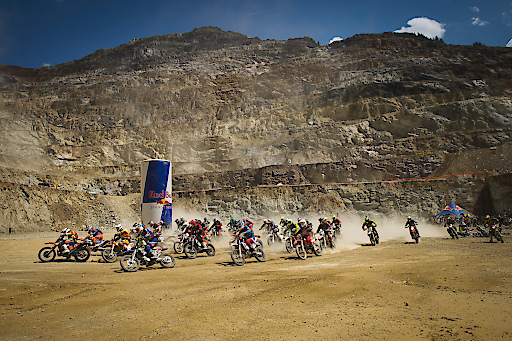 Event Participants perform at Red Bull Hare Scramble in Eisenerz, Austria on June 3, 2018. // Markus Berger / Red Bull Content Pool // AP-1VV5RWWVW2111 // Usage for editorial use only // Please go to www.redbullcontentpool.com for further information. //