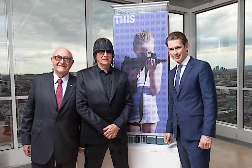 "Bundeskanzler Sebastian Kurz eröffnete Helnweins ""I saw this"" am Wiener Ringturm"