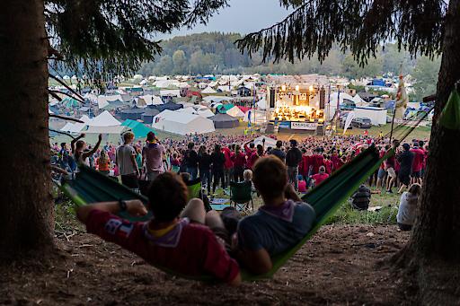 4.200 Pfadfinderinnen und Pfadfinder aus aller Welt erlebten 10 Tage voller Abenteuer, Spaß und Internationalität. Einer der vielen Höhepunkte war große Konzert am Sonntagabend.
