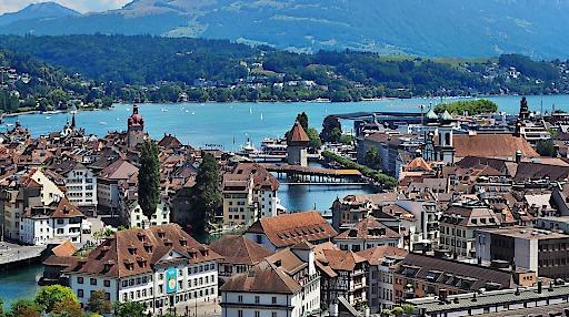 Luzern - Vierwaldstättersee - Kapellbrücke