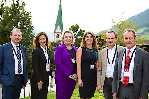 Experten aus Bildung, Politik und Wirtschaft diskutierten auf Einladung der B&C Privatstiftung am Europäischen Forum Alpbach über die Wirtschaftsbildung Jugendlicher in Österreich