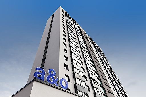 Über 350 Zimmer befinden sich im großen a&o Hostel Prag Rhea