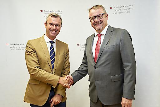 BM Norbert Hofer empfängt tschechischen Amtskollegen Dan Tok zu Arbeitsgespräch in Wien
