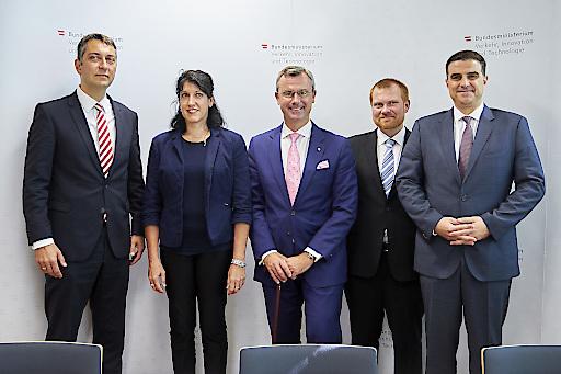 BMVIT investiert sechs Millionen Euro in zweite Ausschreibungsrunde der Stiftungsprofessuren