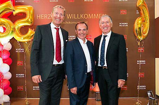 https://www.apa-fotoservice.at/galerie/15471 Im Bild v.l.n.r.: Andreas Heindl (GF), Bezirksvorsteher Gerald Bischof, Walter Heindl (GF)