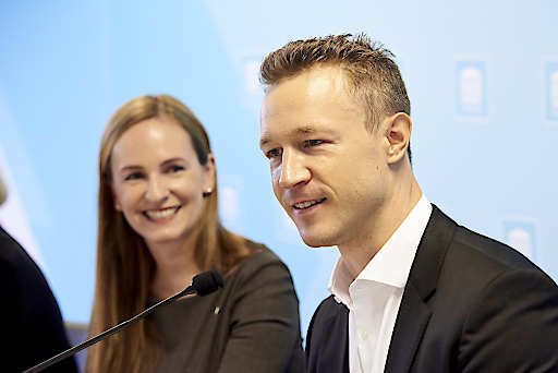 ÖVP-Kultursprecherin Maria Großbauer und BM Gernot Blümel beim Fachdialog zur musischen Bildung.