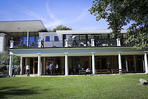 Im schönen Ambiente des Schlosspark Mauerbach trafen sich Experten der Finanzbranche
