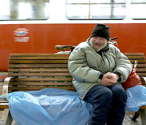 Filmstill von «Zu ebener Erde» by Stadtkino