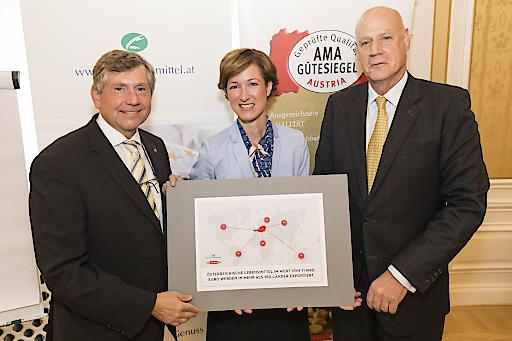 """https://www.apa-fotoservice.at/galerie/15812 Agrar- und Lebensmittelexporte sind Konjunkturmotor für Österreich - """"Made in Austria"""" schmeckt in mehr als 180 Ländern der Welt. Agrarexporte erreichen insgesamt bereits über 11 Mrd. Euro - 60 Prozent davon sind Erzeugnisse der Lebensmittelindustrie"""