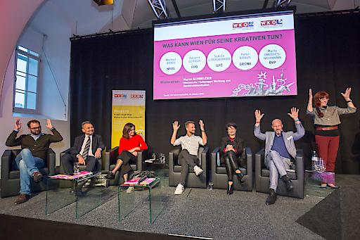 https://www.apa-fotoservice.at/galerie/15393 Im Bild v.l.n.r.: Markus Ornig, NEOS; Eduard Schock, FPÖ; Sybille Straubinger, SPÖ; Peter Kraus, GRÜNE; Maria Smodics-Neumann, ÖVP; Marco Schreuder, Fachgruppe Werbung und Marktkommunikation Wien