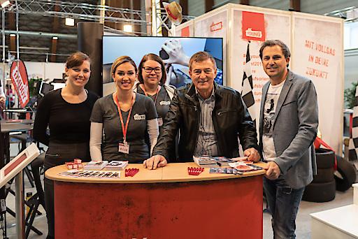 Best³ Klagenfurt - AK YOUNG Team mit Präsident Goach