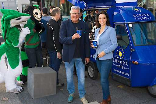 Lagermax APE Europa.cafe-Mobil