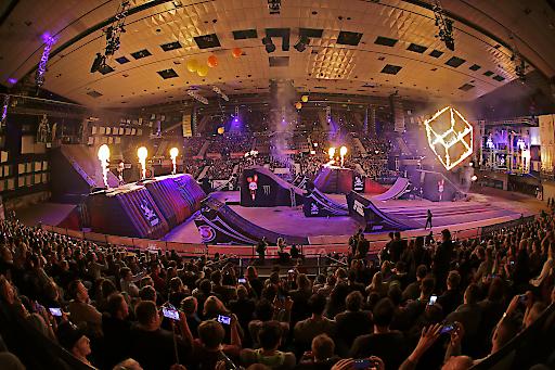 Masters of Dirt - die wildeste Motocross Freestyle Show der Welt!