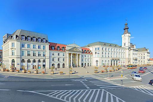 Senatorska 18, eine historisches Bürogebäude im zentralen Geschäftsviertel von Warschau, auch bekannt als Jabłonowski Palace.