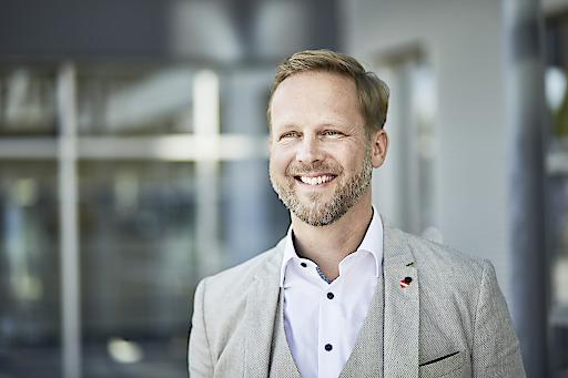 Christian Schug freut sich über die Auszeichnung zu Österreichs beliebtestem Diskonter.