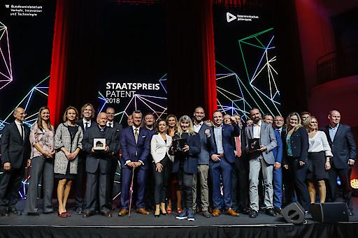 Preisträger des Staatspreis Patent mit Bundesminister Norbert Hofer und Patentamtspräsidentin Mariana Karepova sowie Jury