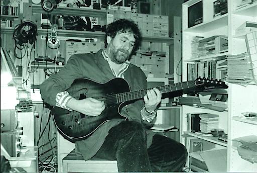 Harry Pepl im privaten Tonstudio