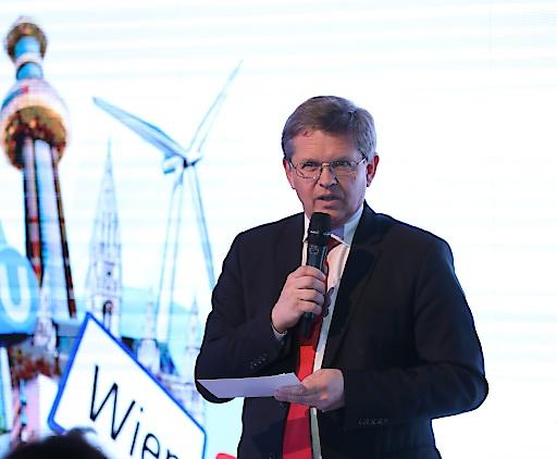 Gemeinderat und Landtagsabgeordneter Christian Deutsch eröffnet die Wien Tage in Belgrad