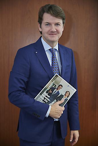 GD Gerald Fleischmann mit der Volksbank Unternehmer-Studie