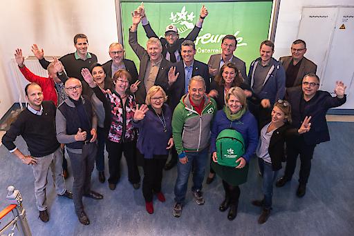 """Der Naturfreunde-Bundesvorstand im Bürogebäude der Bundesorganisation im 15. Wiener Gemeindebezirk steht unter dem Motto """"Zeit zum Aufbruch""""."""