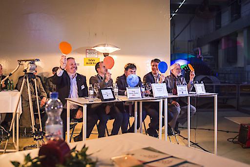 Die hochkarätige Jury bestand aus Mag. Michael Drochter (RIZ), Mag. Dieter Bader (WKNOE), Heinrich Prokop (Clever Clover), Mag. Franz Walch (NÖBEG), DI Dr. Raimund Mitterbauer (WKNOE)