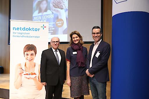 Univ.-Prof. Dr. Eduard Auff (wissenschaftlicher Leiter Gesundheitstag Neurologie), Ursula Gastinger (Geschäftführung netdoktor.at), Dr. Titus Gylvin (General Manager Roche Austria),von links nach rechts