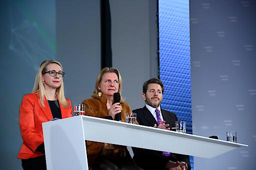 Präsentation der Außenwirtschaftsstrategie mit Wirtschafts- und Digitalisierungsministerin Margarete Schramböck, Außenministerin Karin Kneissl und Wirtschaftskammer-Präsident Harald Mahrer