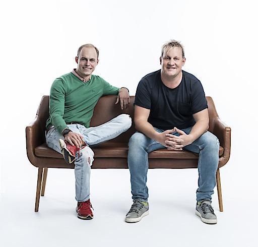 Die Geschäftsführer von Greenstorm Mobility GmbH Philipp Zimmermann und Richard Hirschhuber freuen sich über das Investment von Bregal Milestone