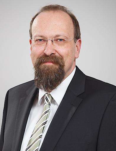 Dipl.-Ing. Christian Gabriel, Leiter des Bereichs Normung im OVE, wurde in das Standardization Management Board der IEC gewählt