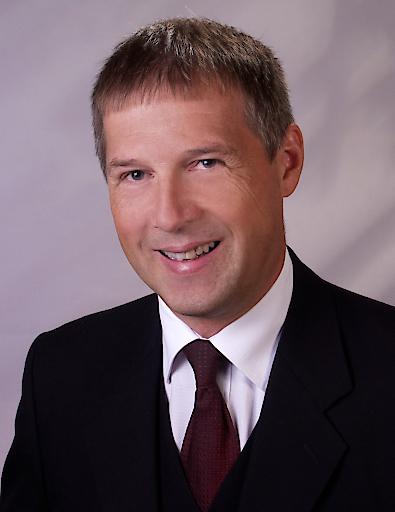 Ing. Werner Fischer, Präsident des Österreichischen Nationalkomitees von IEC und CENELEC, ist neues Mitglied des IEC-Verwaltungsrates