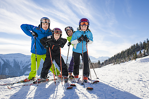 Die Naturfreunde fordern eine Anwaltschaft für den Kinder-Skilauf. Damit Kinder Schneesport ausüben können muss dieser vor allem regional gut erreichbar und für Familien leistbar sein.